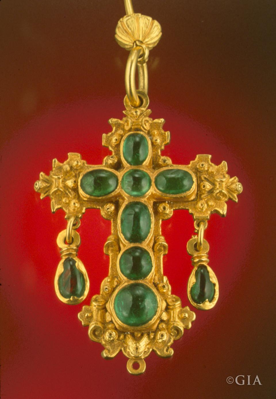 The Wonderful World Of Color Pt 4 Emerald Royal Diadem
